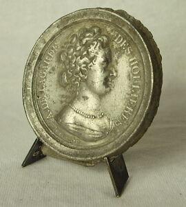 Diligent Médaille Antoinette Du Ligier De La Garde De Boisguérin Des Houlières Medal