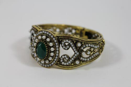 Großer Prunk Armreif Armschmuck Schmuckmetall Steinbesatz Perlen Barock Stil