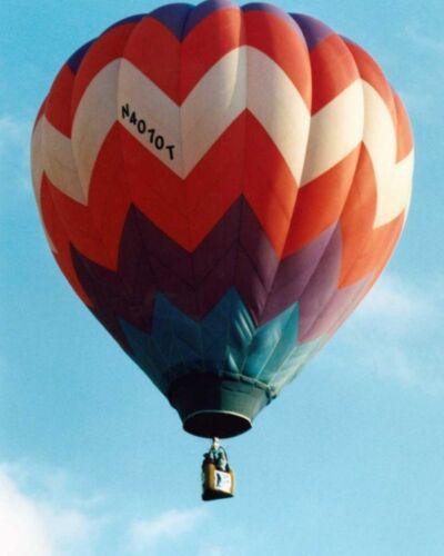HOT AIR BALLOON FLYING BAL056 REPRODUCTION ART PRINT A4 A3 A2 A1
