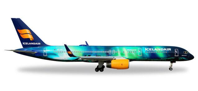 Boeing 757-200 Icelandair Helka Aurora TF-FIU 1 400 Herpa