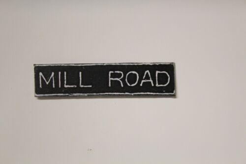 Métal Panneau routier = Mill Road Maison de Poupées