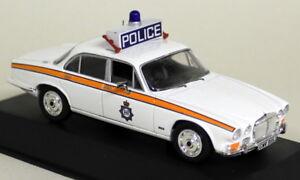 Atlas-1-43-Scale-British-Police-Jaguar-XJ6-West-Yorkshire-Diecast-model-car