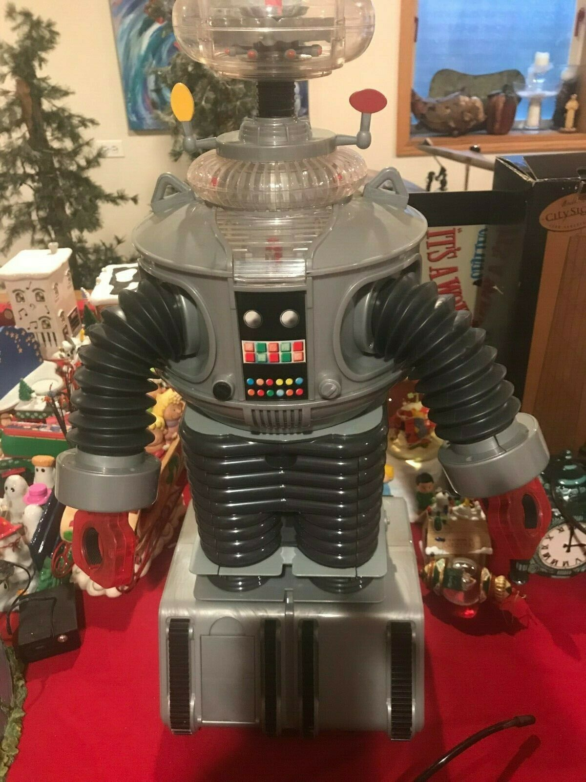 Rare  Lost in Space Robot with remote and in working condition. 2 ft HT  see pic