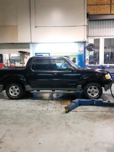 Ford Explorer sportrac 2001   4x4