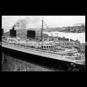 php-03569-Photo-PAQUEBOT-SS-NORMANDIE-SAINT-NAZAIRE-CGT-FRENCH-LINE-OCEAN-LINER