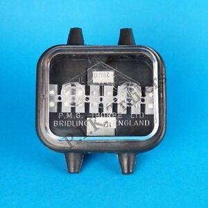 waterproof 12v electrical wiring junction box trailers caravan rh ebay co uk Outdoor Electrical Junction Box Round Weatherproof Electrical Boxes