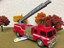 Ertl Tomy 2019 Fire Truck Engine # 46731 Die-cast 1/64 Scale Ladder Extends