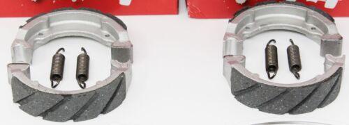 2 SETS WATER GROOVED FRONT BRAKE SHOES SPRINGS Suzuki 02-05 LT 50 Quadmaster