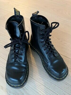 2017 Dr Martens Dame 1461 3 Eye Shoes In Sort Patent | Dame
