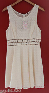 44286904f005f NWT Free People Beautiful Ivory White Antique Lace Knit Mini Short ...