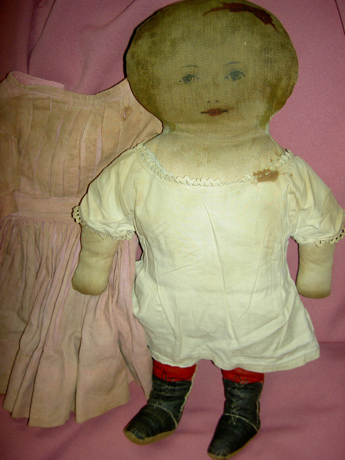 SWEET antique, ART FABRIC MILLS (labeled  pat. 1900) primitive cloth 17  doll