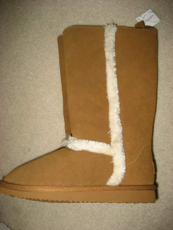 NEW AMERICAN EAGLE OUTFITTERS SUEDE LEATHER  SLIP ON bottes Taille  5 OR 7  SWEET )