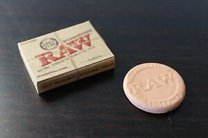 RAW-Rolling-Papers-HYDROSTONE-Natural-Terra-Cotta-Humidifying-Stone-for-humidor