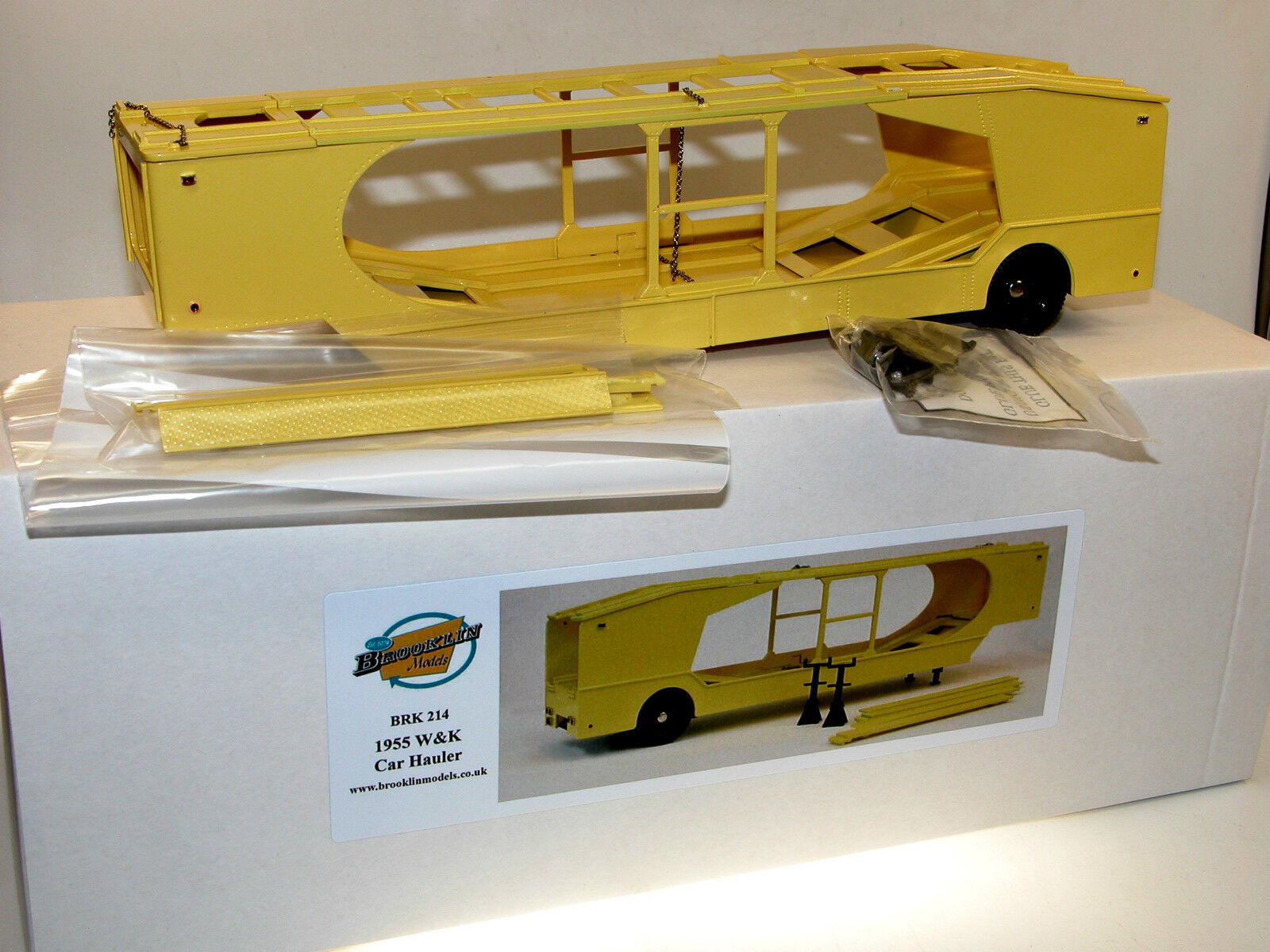 Brooklin models BRK 214, 1955 w&k 4-Vehicle Car Hauler, porte voitures, 1 43