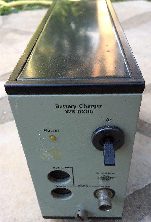 Bruel & Kjaer Battery Charger  Type Wb0205