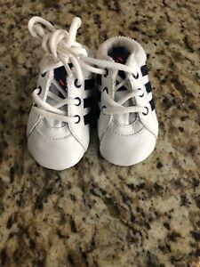 orden viceversa carne  Adidas VL Court 2.0 Cuna Bebé Recién Nacido Suave Cordones De Cuero Zapatos  Niño F36605 Nuevo | eBay