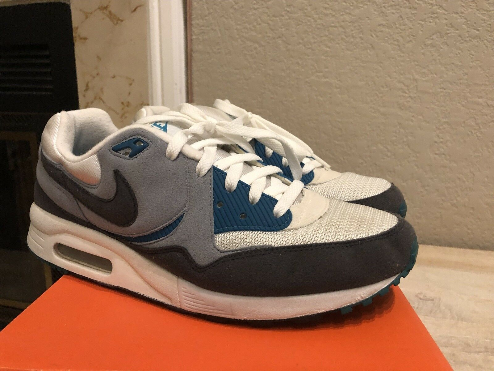 Nike Air Max Light Teal sz 9 Ltd EU exclusive