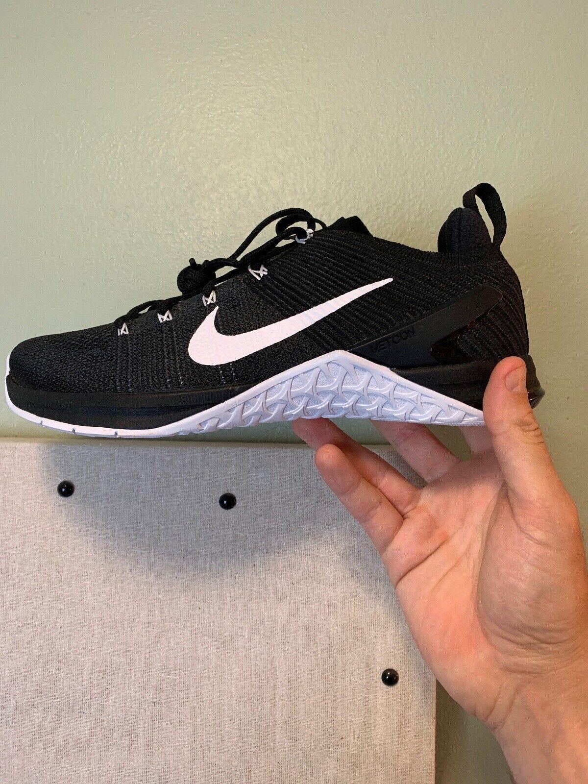 kvinnor Nike Metcon DSX Flysticka 2 Storlek 6 (924595 001)