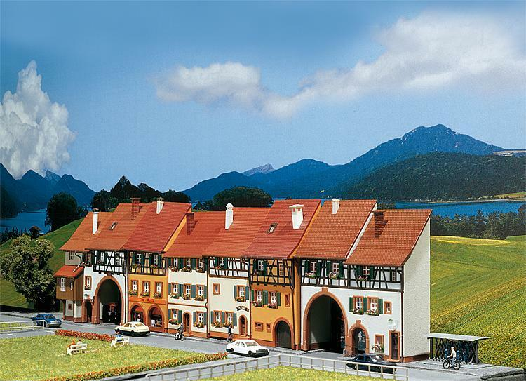 Faller Spur N 232380    6 Reliefhäuser   NEU in OVP    | München Online Shop