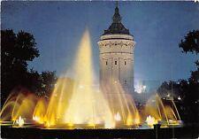 B47337 Mannhem Wasserspiele mit Wasserturm bei nacht   germany