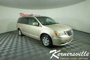 2013 Chrysler Town & Country Van 3.6L Engine Front Wheel Drive Backup Camera