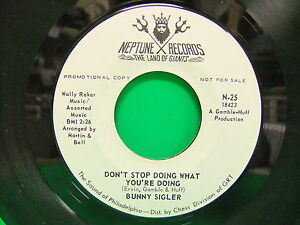 Bunny-Sigler-Where-Do-The-Lonely-Go-Don-039-t-Stop-Doing-Promo-1970-45-Neptune-25