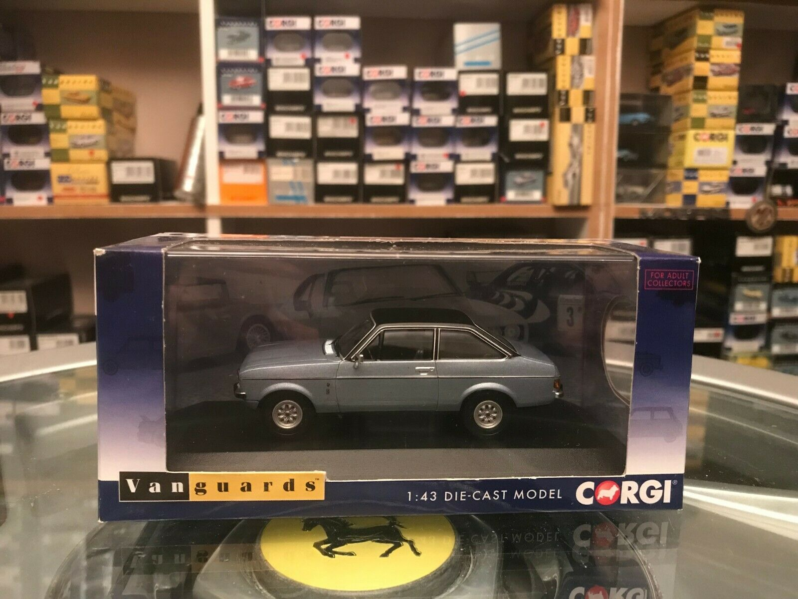 Vanguards Ford Escort Mk2 1.3 Ghia Astro Silber LHD 1 43 MIB Ltd Ed VA12607B