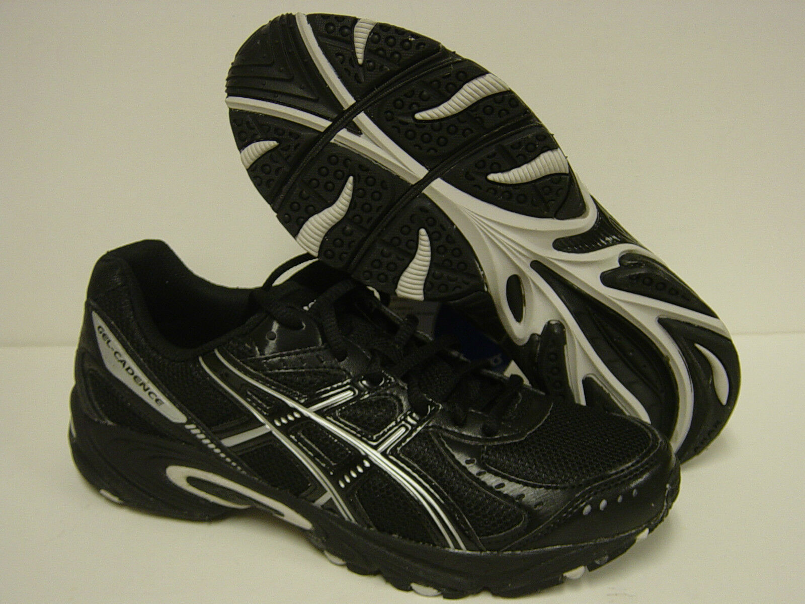 NEW Mens ASICS Gel Cadence T01CQ 9099 Black Silver Sneakers Shoes