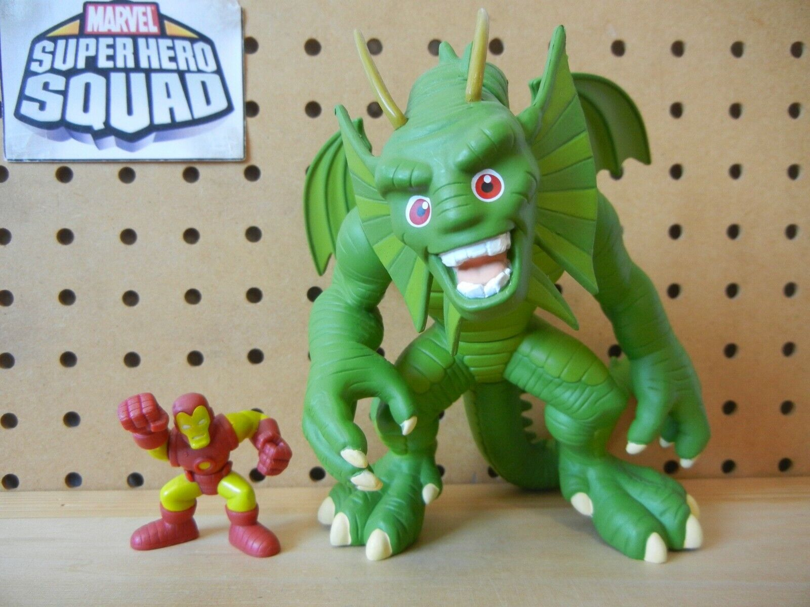 Marvel Super Hero Squad COMPLETE Mega Figure W3  FIN FANG FOOM & IRON MAN Dragon
