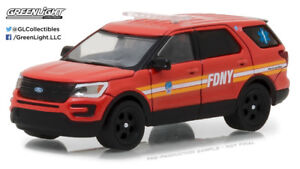 FDNY 2017 Ford Explorer Official NYC Fire Department* Greenlight Hobby 1:64 NEU