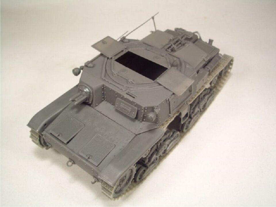 BRACH MODEL CARRO COMANDO M40 WWII FULL KIT Scala 1/35 Cod.BM132