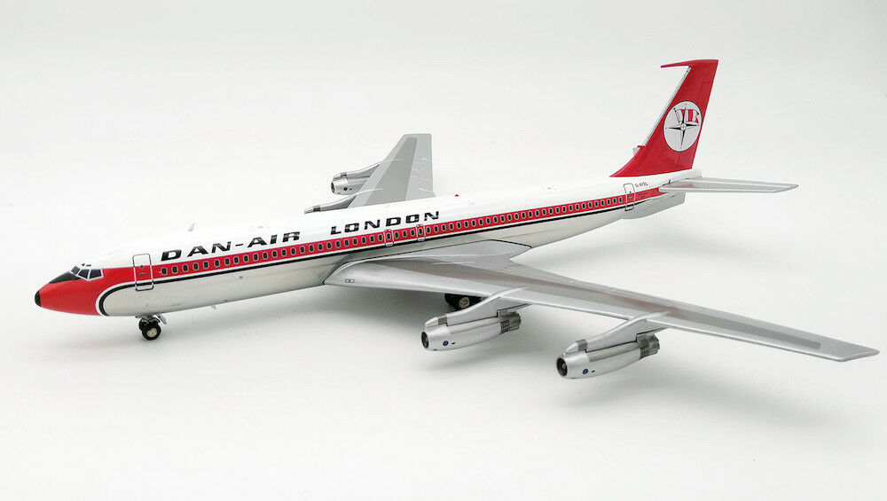 Inflight 200 IF7070917 1 200 Dan-air London Boeing 707-300 G-Aysl avec support