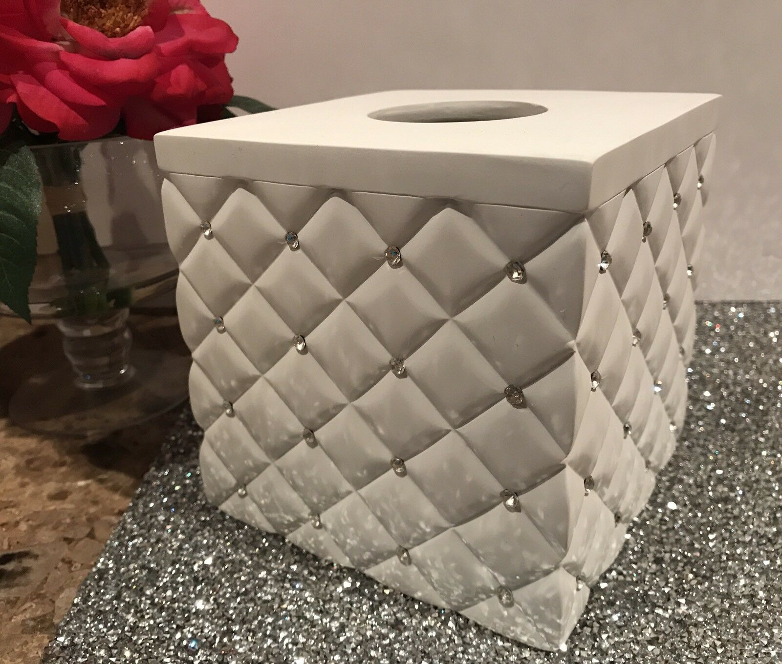 ENVOGUE Weiß Quilted w Rhinestones Tissue Box Cover