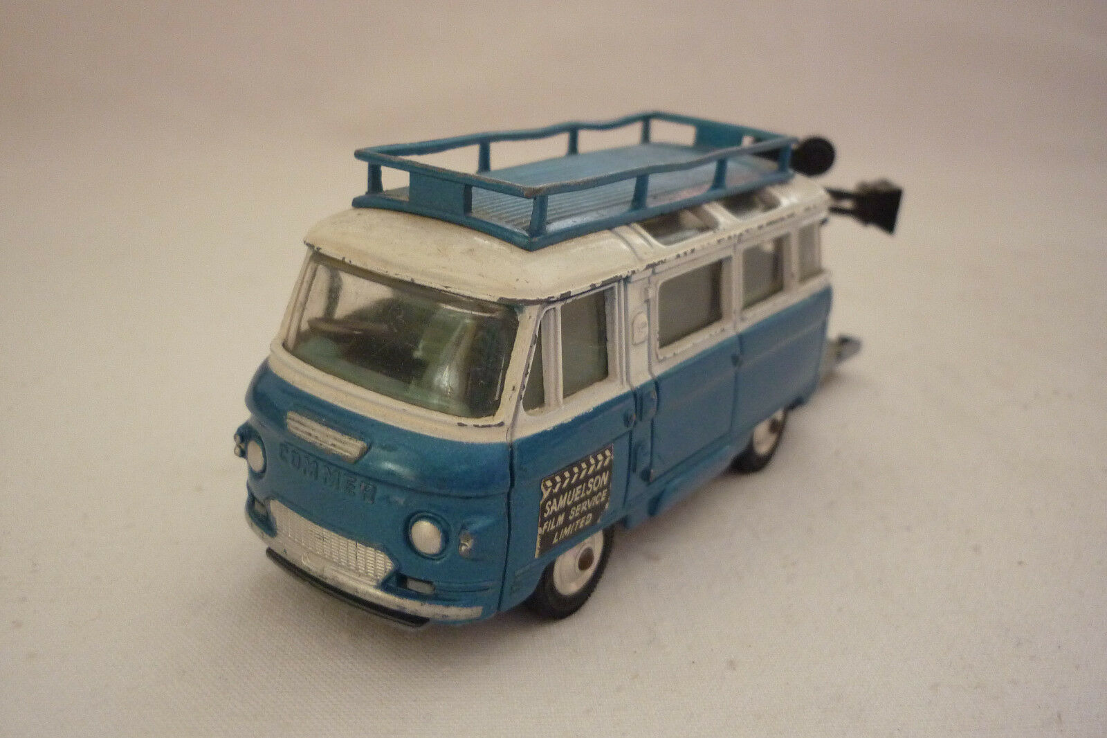 Corgi Toys - Vintage Metal Model - Commer Bus - 2500 Series - (Corgi 16)