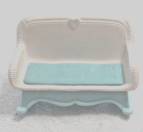 Fisher Price Loving Family Dollhouse Wicker Blue and White Rocker Sofa Couch
