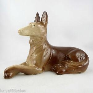 Ancien-Sujet-034-CHIEN-034-Sculpture-ST-CLEMENT-France-Vintage-Barbotine-50-lejan-dog