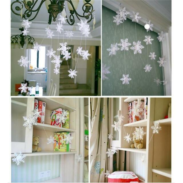 12Pcs New Classic White Snowflake Ornaments Christmas Holiday Party Home Decor