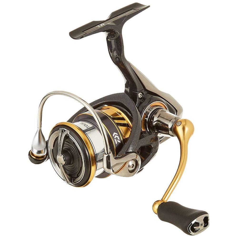 Daiwa LEGALIS LT2500SXH Spinning Reel