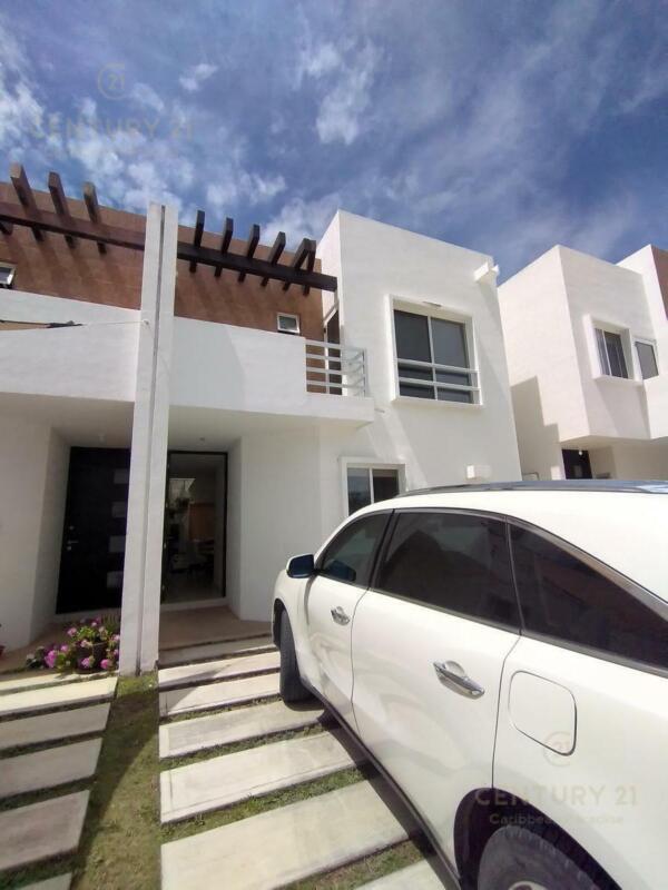 Casa 3 recamaras  en renta en La joya I, Playa del carmen P3491