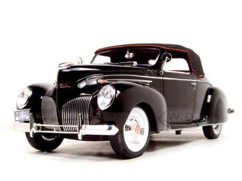 1 18 Signature - 1939 Lincoln Zeyphr - Noir
