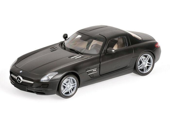 Minichamps Mercedes-Benz SLS AMG 2010 1 18 flat schwarz (MCC)