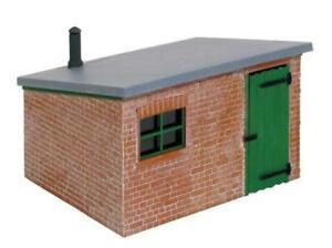 Peco-LK-705-O-Gauge-Brick-Lineside-Hut-Kit
