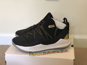online store 9149d 04270 Details about Under Armour Steph Curry V 5 Black Gold Championship GS Grade  School 3020741 001