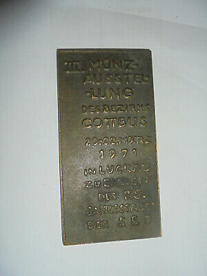 31412 Ddr Bronze Plakette Iii. Münzausstellung 1971 In Luckau 25 Jahre Sed 11x5c Bereitstellung Von Annehmlichkeiten FüR Die Menschen; Das Leben FüR Die BevöLkerung Einfacher Machen