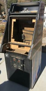 Original-Tempest-Arcade-Cabinet-No-water-damage-in-nice-shape-pick-up-only