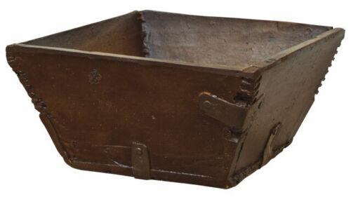 New Primitive Treenware Colonial RUSTIC SQUARE BOX Trencher Dish Bowl