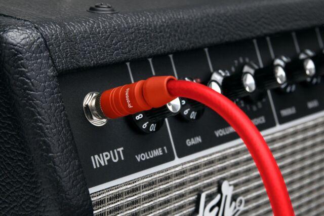 Flexibles Neonrotes Klinke Gitarren und Instrumentenkabel für Bühne und Studio