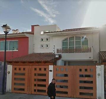 CASA EN REMATE Privada de las Villas Santiago Momoxpan Cholula Puebla NO SE ACEPTAN CREDITOS