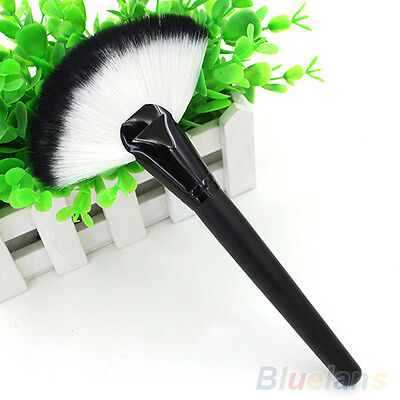 Pro Makeup Large Fan Goat Hair Blush Face Powder Foundation Cosmetic Brush F