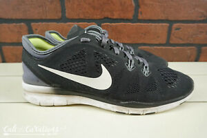 Details about Nike Free TR Fit 5 Womens Size 8.5 Training Shoes BlackWhite